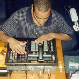 DJ Mehdi © Thibaut de Longeville