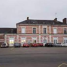 Gare-de-Pontivy_Commons.wikimedia.org